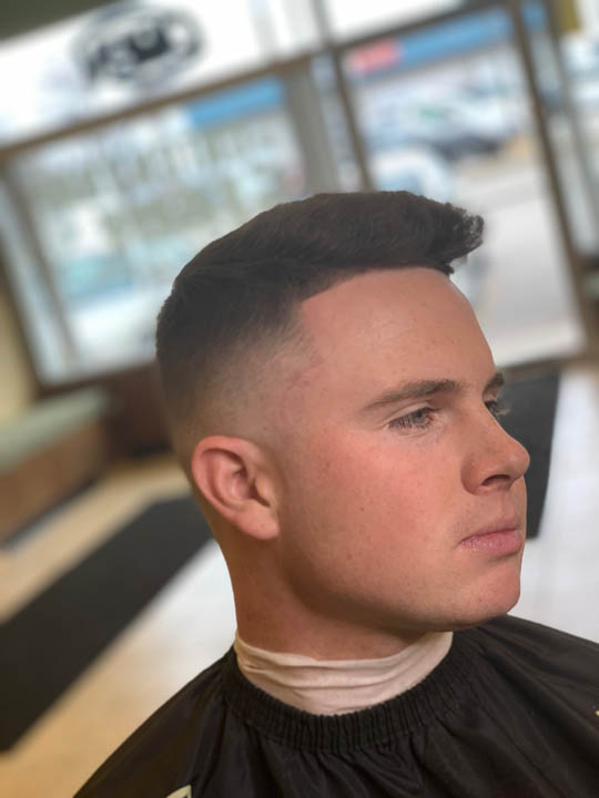 dees cutz barbershop img-36