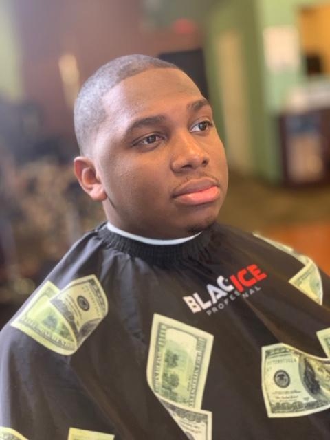 dees cutz barbershop img-38