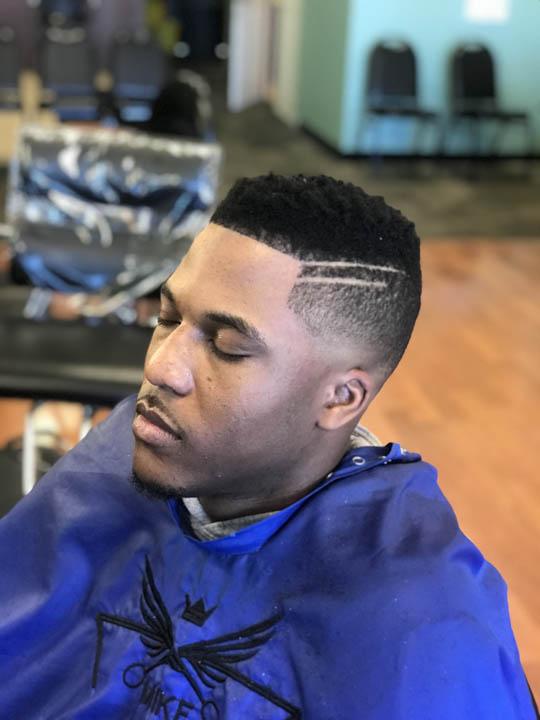 dees cutz barbershop img-46