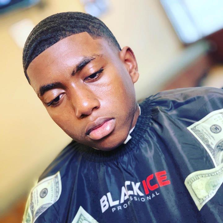 dees cutz barbershop img-9
